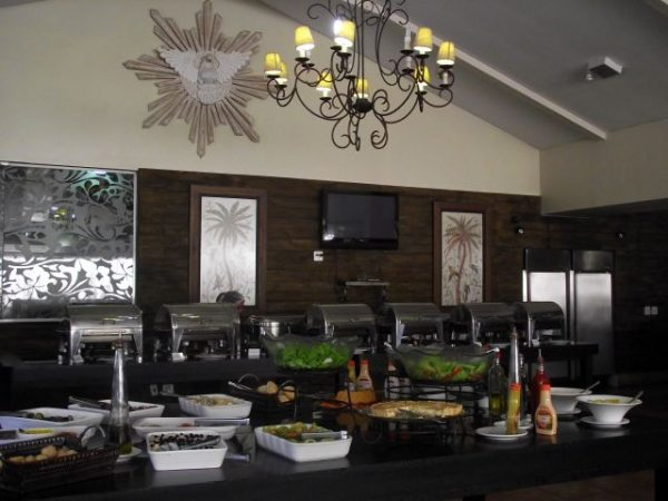 restaurante que serve buffet