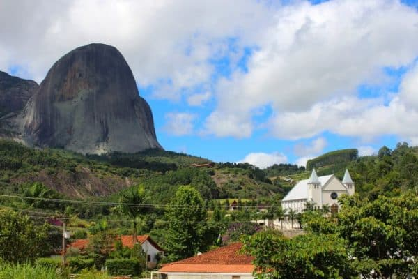 pedra-azul-do-arace