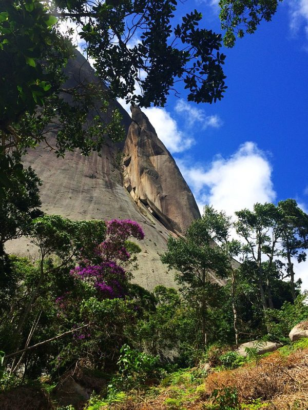 https://www.viajandocomsy.com.br/parque-estadual-da-pedra-azul-rota-do-lagarto/