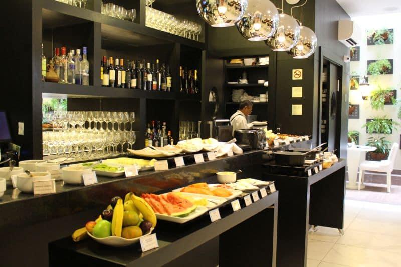 café da manhã hospedagem no Rio BW Plus Copacabana Design