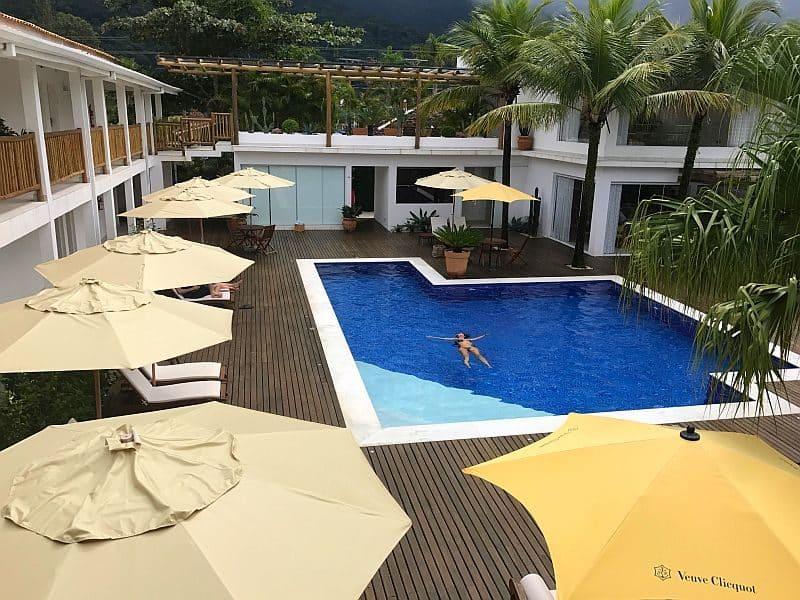 Maui pool