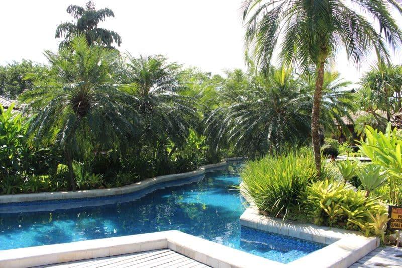 pool Villa Bebek Camburizinho