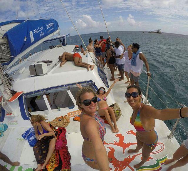 Jammin'  Catamaran Cruise em Barbados 25