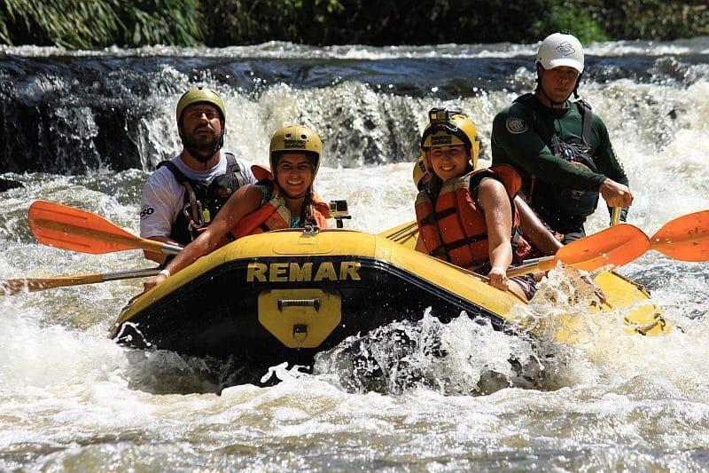 turismo em brotas rafting