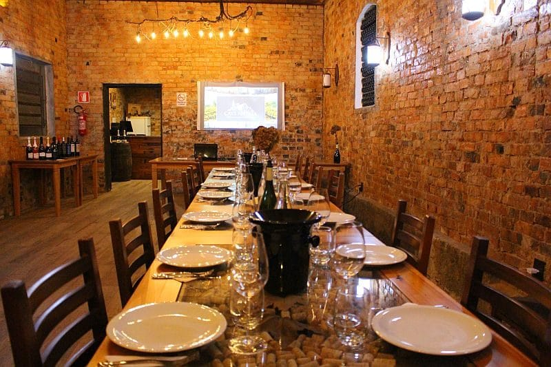 jantar na cave antiga enoturismo serra gaucha