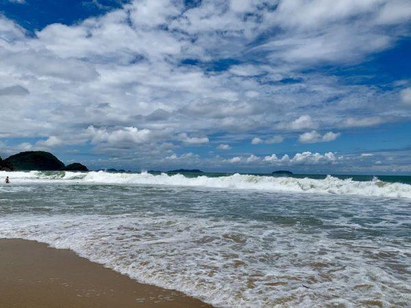 as 05 melhores praias de Ubatuba